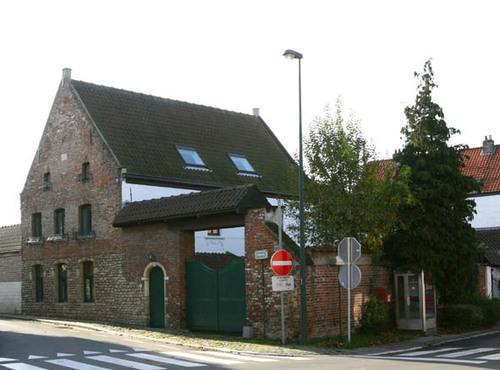 Wezembeek-Oppem Louis Marcelisstraat 1