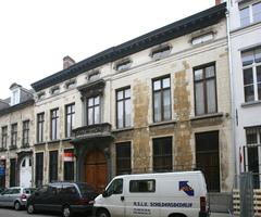 Herenhuis met binnenplaats in Lodewijk XV-stijl