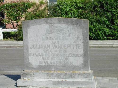 Brugge Lissewege Juliaan Vandepitteplein zonder nummer