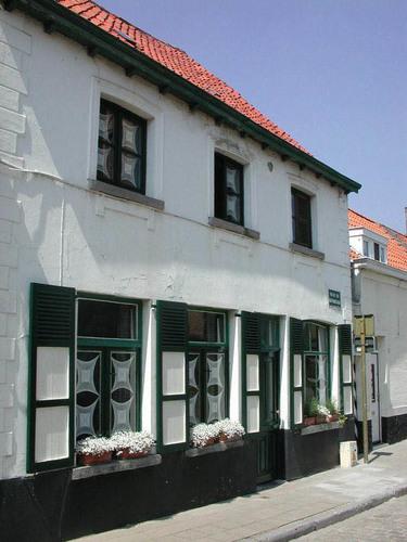 Brugge Lissewege Willem van Saeftingestraat 2