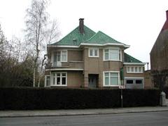 Half vrijstaande villa uit de jaren 1940