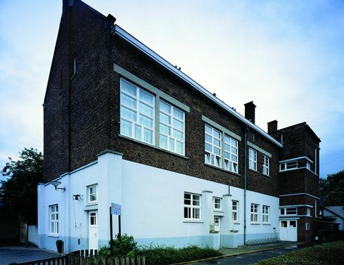 Brugge Rijselstraat 71 Gemeenteschool met directeurswoning