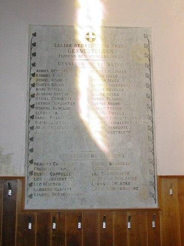 Poelkapelle: Kerk: Gedenkplaat burgerlijke en militaire doden