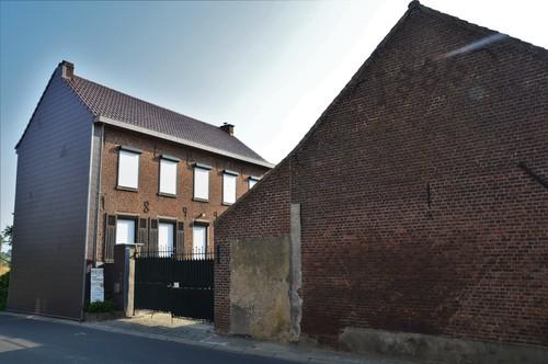 Sint-Pieters-Leeuw Camille Leunensstraat 48