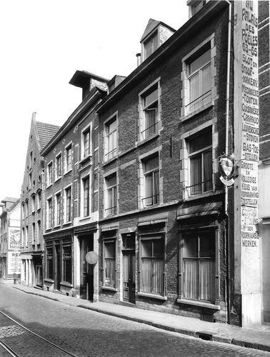 Leuven Naamsestraat 27-31