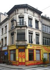 Winkelhuis in neoclassicistische stijl