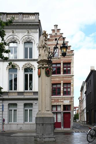 Antwerpen Kleine Markt zonder nummer