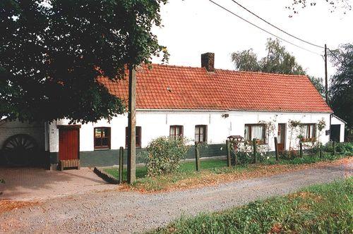 Kluisbergen Kalmontstraat 2-4