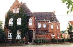 Klooster en school
