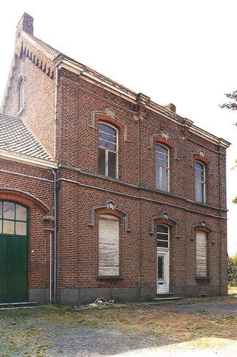 Kluisbergen Keuzelingsstraat 8-10