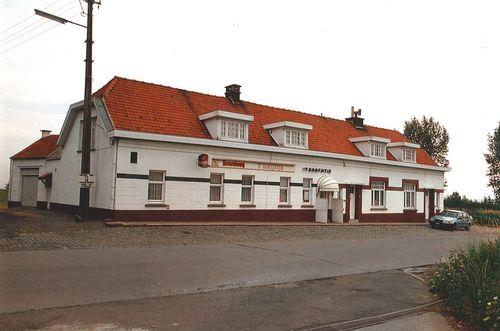 Kluisbergen Ronde Van Vlaanderenstraat 13-15-17