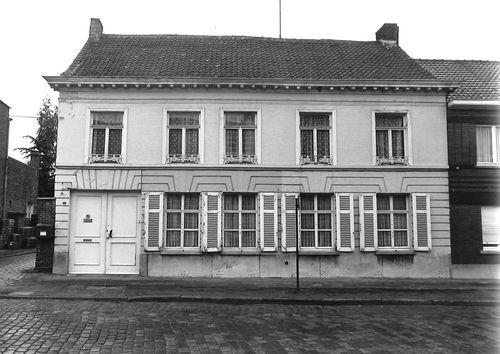Stekene Dorpsstraat 105