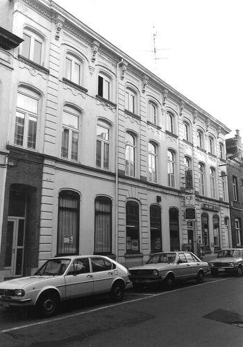 Sint-Niklaas Dr Verdurmenstraat 9-11