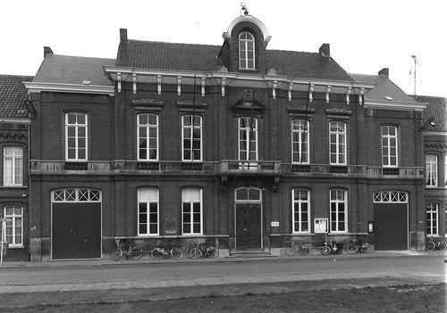 Sint-Niklaas Dries 82