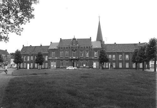 Sint-Niklaas Dries 78-82 en 86-90