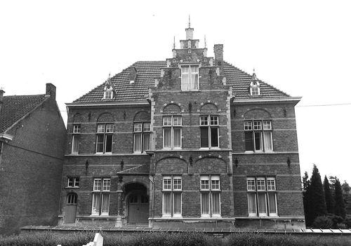 Sint-Niklaas Dries 68