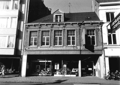 Sint-Niklaas Houtbriel 14