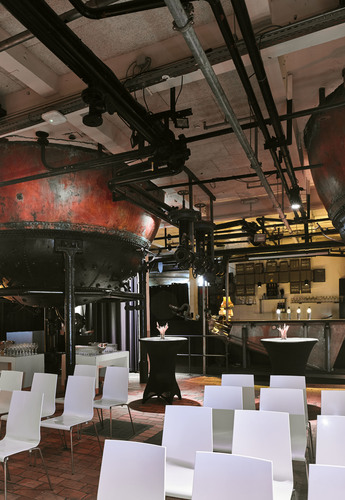 Brouwzalen Artois, Immo en International
