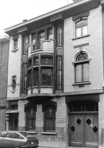 Sint-Niklaas Mgr. Stillemansstraat 38