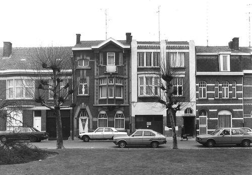 Sint-Niklaas Prins Leopoldplein 13-14