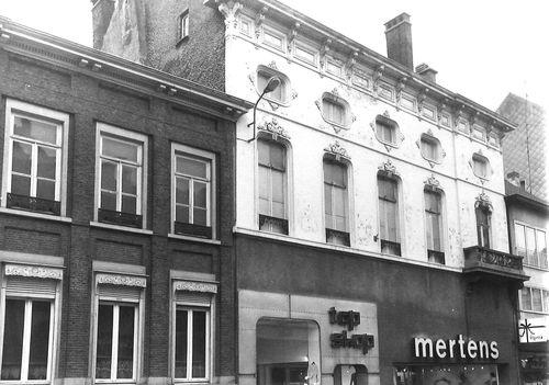 Sint-Niklaas Stationsstraat 26-28