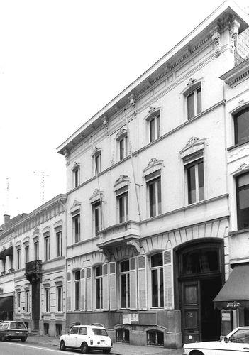 Sint-Niklaas Stationsstraat 17
