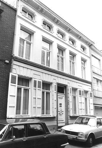Sint-Niklaas Walburgstraat 27