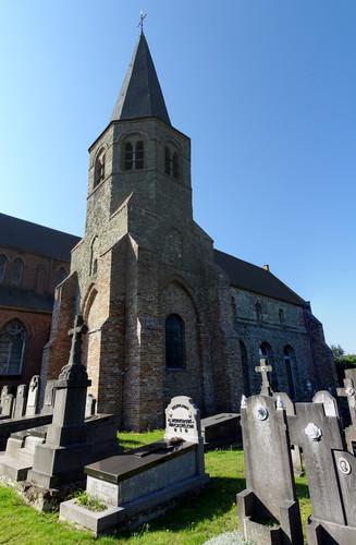 Jabbeke Kerkeweg 1 Romaanse kerk