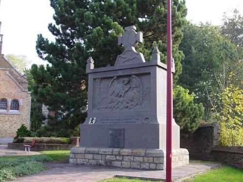 Zonnebeke: gedenkteken burg & mil