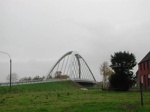 Dentergem Olsenesteenweg zonder nummer nieuwe brug