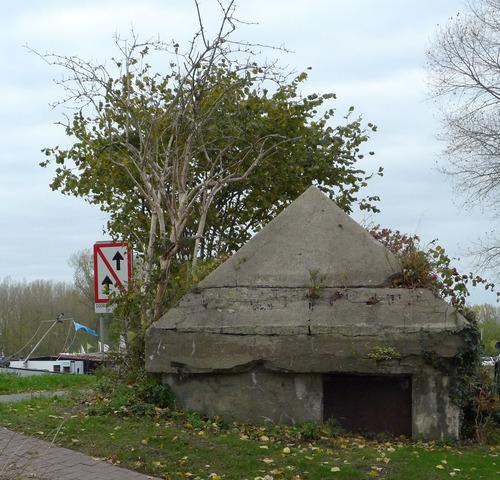 Bunker gelegen ter hoogte van de Lappersfortstraat