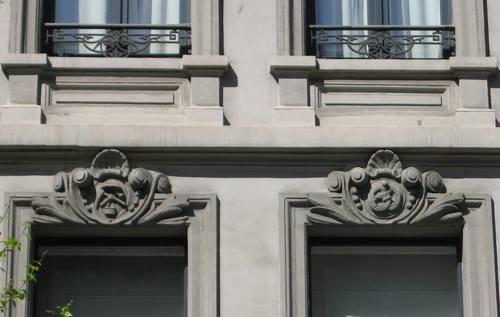 Antwerpen Osystraat 11 sluitstenen