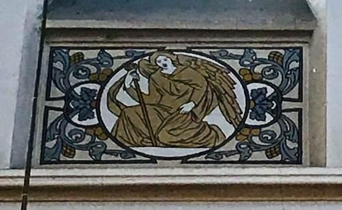 Turnhout Kerkplein 1 detail sgraffito Mattheus