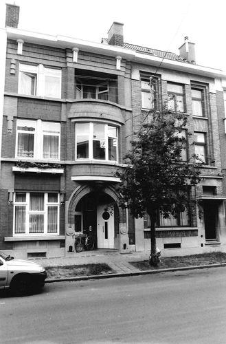 Ronse Léopold Sturbautstraat 24-26
