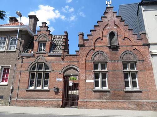 Temse Kouterstraat zonder nummer Apostelhuizen