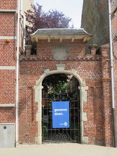Temse Elversele Dorpstraat 67  poort