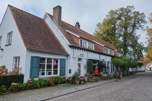 Sint-Martens-Latem Dorpsstraat 35-37 oude herberg - bakkerij en winkeltje