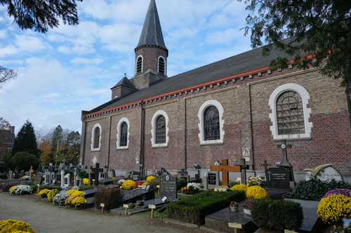 Sint-Martens-Latem -Dorpsstraat zonder nummer parochiekerk Sint-Aldegonde