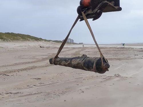 Toevalsvondst van een kanon op het strand van Wenduine.