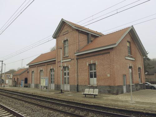 Sint-Niklaas Belsele Stationswegel 1-3