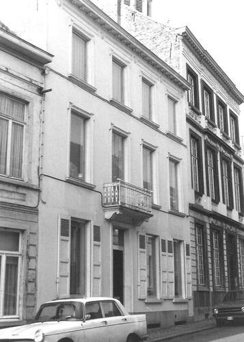 Ninove Antoon de Vlaeminckstraat 8