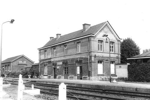 Oosterzele Stationsstraat 72