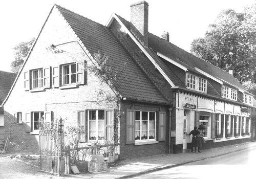 Sint-Martens-Latem Dorpsstraat 35-37