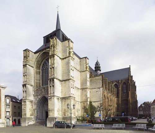 Parochiekerk Sint-Sulpitius en Sint-Dionysius