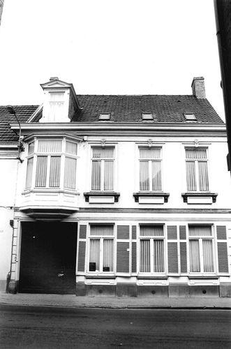 Oudenaarde Leupegemstraat 17
