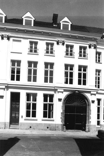 Oudenaarde Burg 2-6