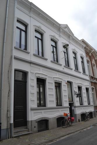 Sint-Niklaas Casinostraat 15