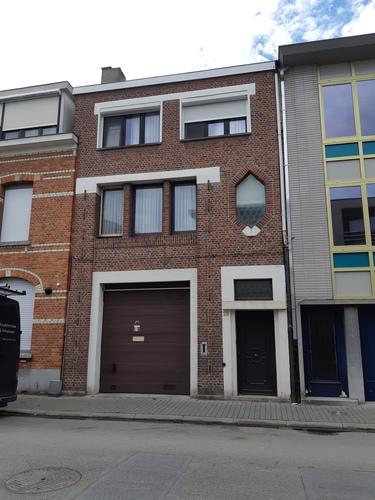 Sint-Niklaas Dr. Van Raemdonckstraat 29