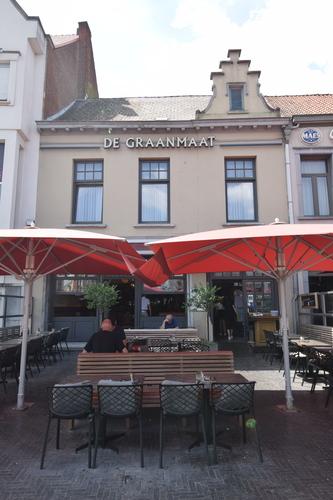 Sint-Niklaas Grote Markt 24