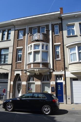 Sint-Niklaas Mgr. Stillemansstraat 15
